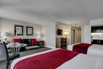 Junior Suite 2 Queen Beds with Sofa Bed