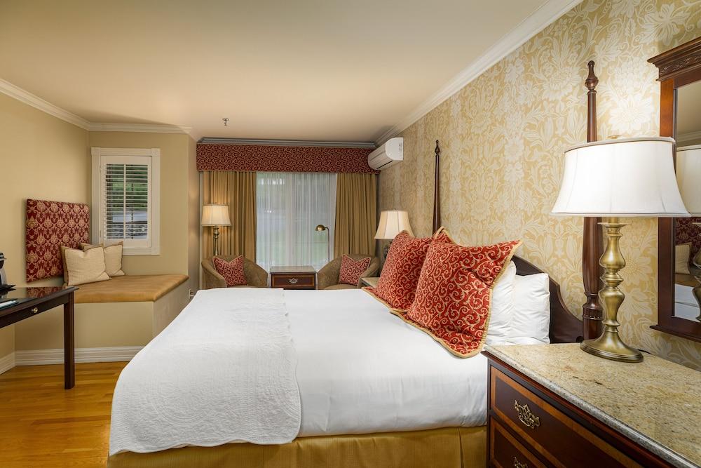 https://i.travelapi.com/hotels/1000000/10000/3200/3183/9135ad2e_z.jpg