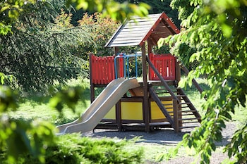 Novotel Clermont Ferrand - Childrens Play Area - Outdoor  - #0