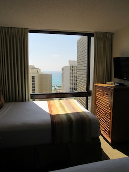 Suite, 1 Bedroom, Partial Ocean View