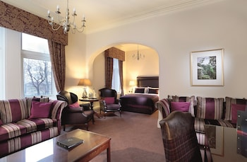 Hotel - Macdonald Kilhey Court