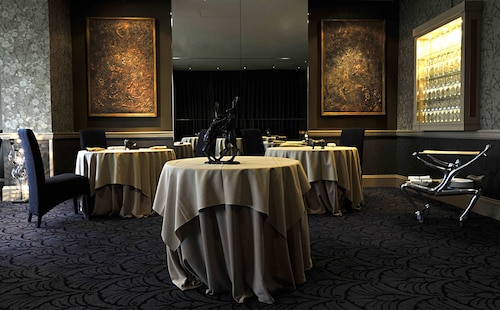 Grand Jersey Hotel & Spa,