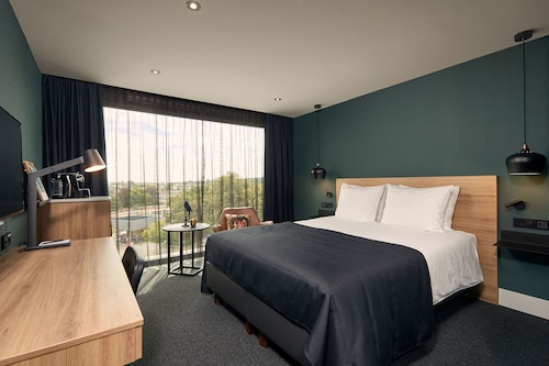 . Van der Valk Hotel Antwerpen