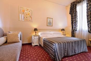 卡瓦勒托多奇奧賽羅飯店