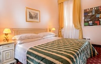 Classic Room, 1 Double or 2 Twin Beds