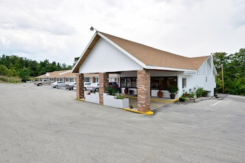 Village Inn of Hardy - Featured Image  - #0