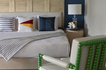 Room, 1 Queen Bed (Lanai Garden)