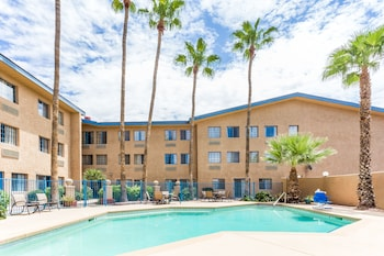 Days Hotel Mesa Near Phoenix - Childrens Play Area - Outdoor  - #0