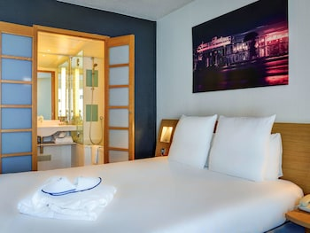 Hotel - Novotel Paris Suresnes Longchamp