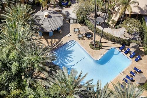 . Sheraton Park Hotel at the Anaheim Resort
