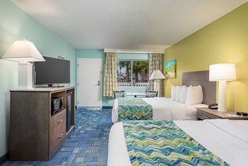 Standard Room, 2 Queen Beds, Non Smoking, Microwave (Gulf View)
