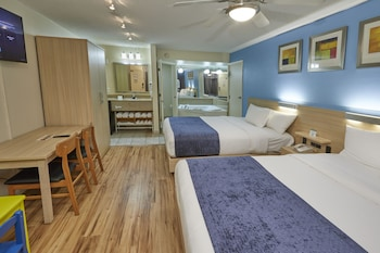 Superior Room, 2 Queen Beds, Jetted Tub