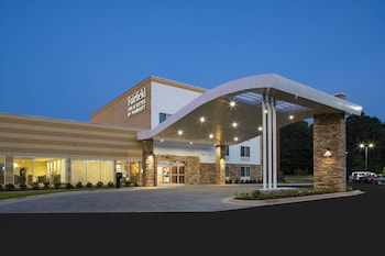 Fairfield Inn and Suites by Marriott Batesville photo