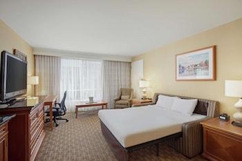 Room (Parlor, Rollaway Bed)