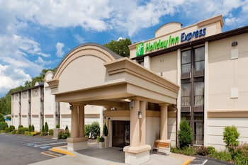 Hotel - Holiday Inn Express Southington