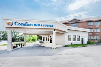 Hotel - Comfort Inn And Suites