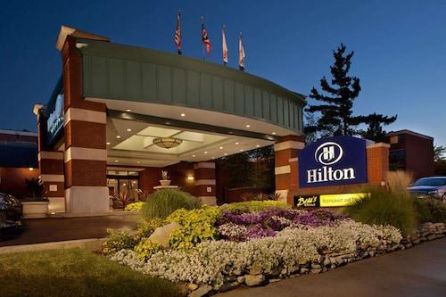 __{offers.Best_flights}__ Hilton Akron Fairlawn