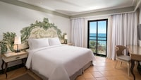Suite, 1 Queen Bed, Balcony, Ocean View