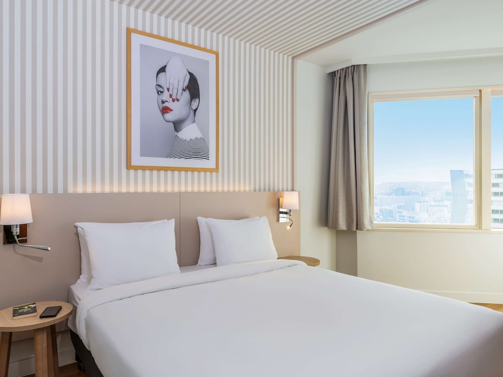 アパートホテル アダージョ パリ サントル トゥール エッフェル