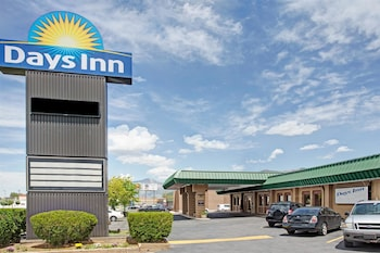 Days Inn by Wyndham Ogden