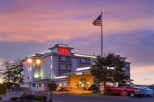 . Shilo Inn Suites Hotel - Warrenton