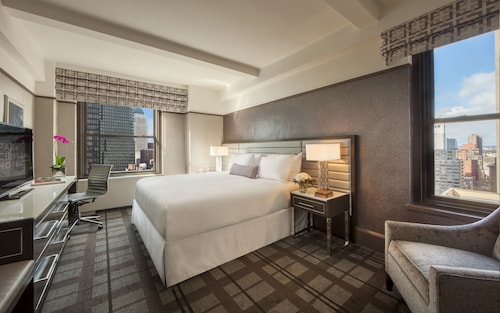 __{offers.Best_flights}__ Park Central Hotel New York