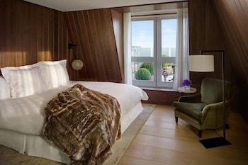 Suite, 1 King Bed, Non Smoking, Terrace