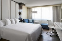 Hotel room image 200355872