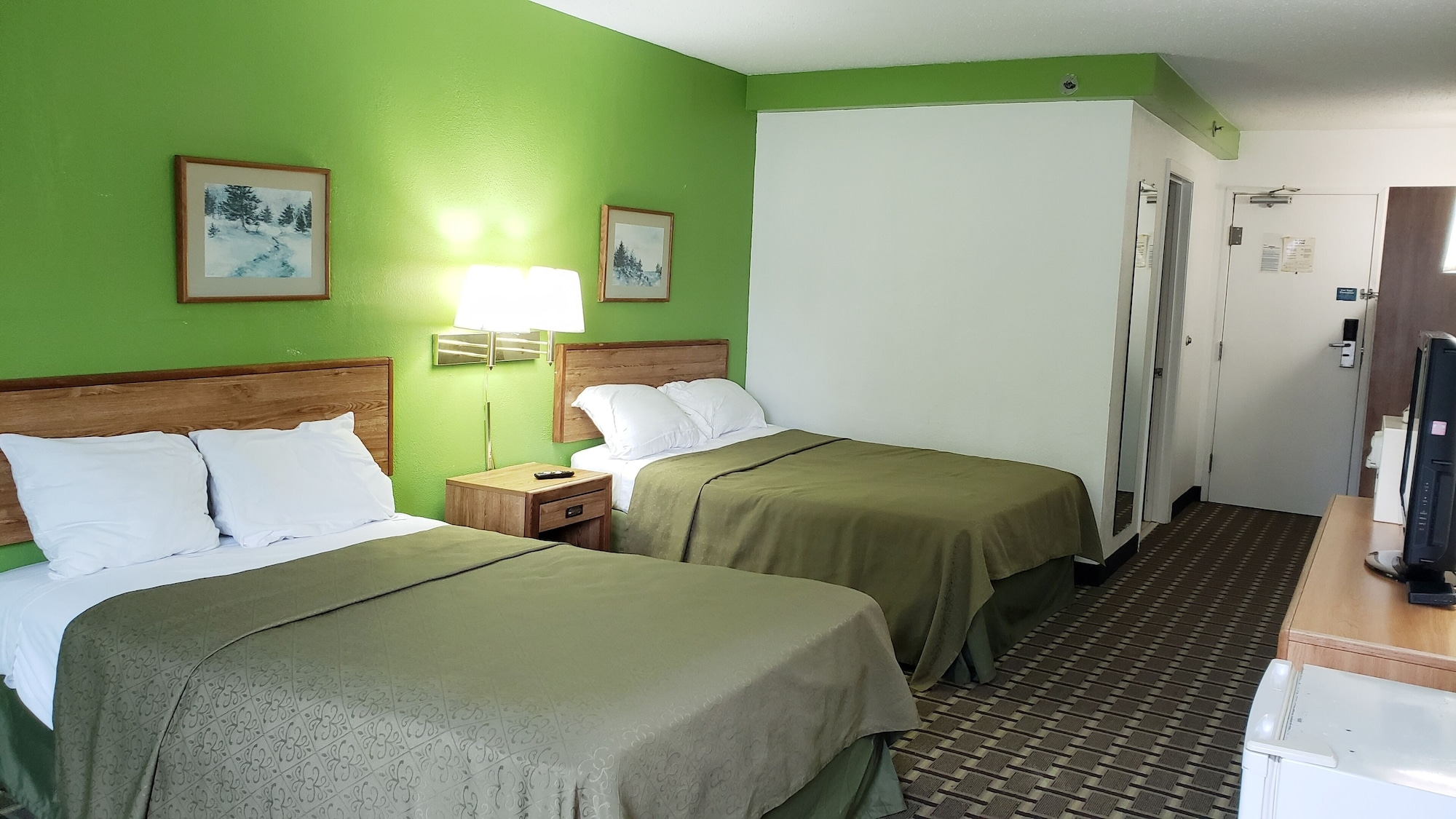 Airport Plaza By Carla Hotels Roanoke, Roanoke City