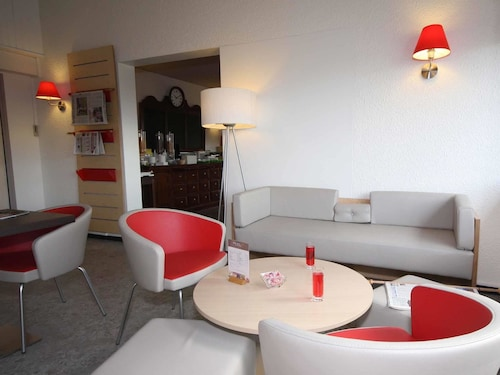 __{offers.Best_flights}__ ibis Moulins Sud
