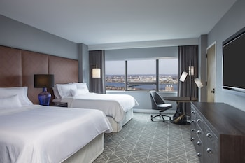 Room, 2 Queen Beds, City View