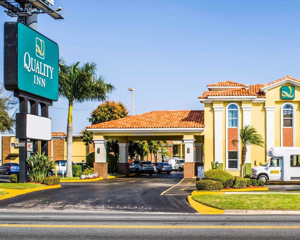 quality inn airport cruise port tampa fl 1020 south dale mabry highway 33629. Black Bedroom Furniture Sets. Home Design Ideas