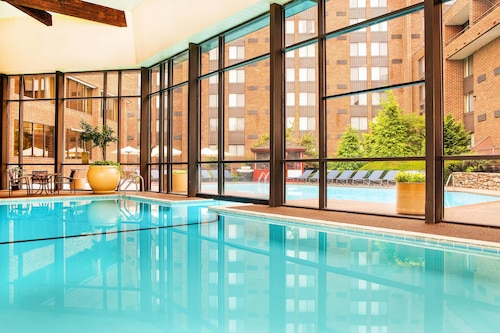 . Sheraton Harrisburg Hershey Hotel