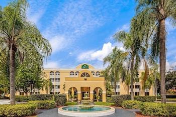 邁阿密湖溫德姆拉昆塔套房飯店 La Quinta Inn & Suites by Wyndham Miami Lakes