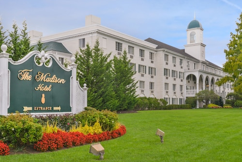 __{offers.Best_flights}__ Madison Hotel