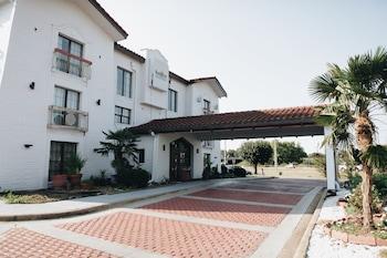 Hotel - Budgetel Inn & Suites