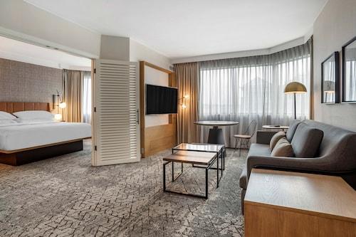 . Sheraton Suites Wilmington Downtown