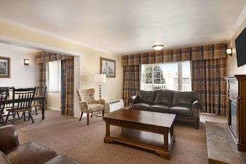 Efficiency, Suite, 2 Bedrooms, Non Smoking