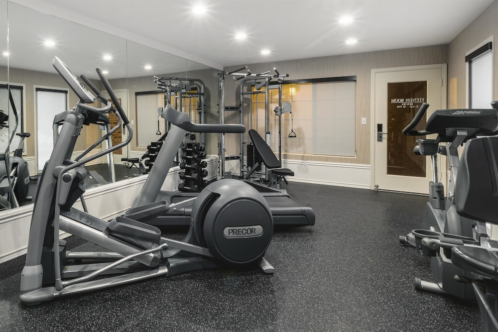 Health and Fitness : Gym 72 of 146
