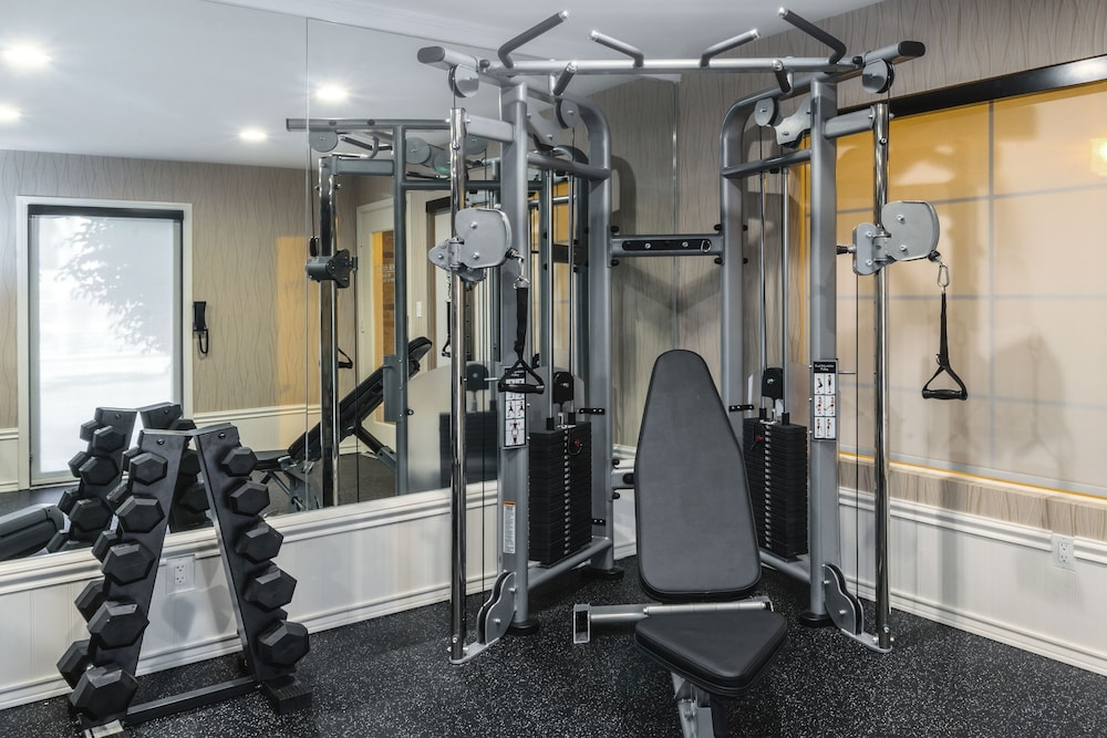 Health and Fitness : Fitness Facility 73 of 146