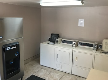 Quality Inn Cedar City - Laundry Room  - #0