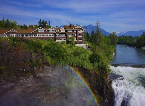 . Salish Lodge & Spa