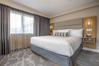 Suite (Coast King Suite)