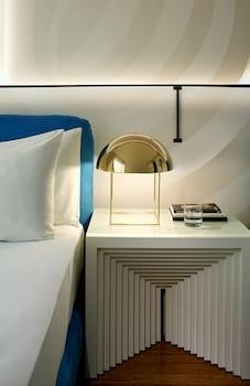 Studio, 2 Double Beds