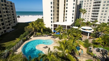 Hotel - Pointe Estero Beach Resort