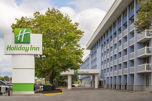 . Holiday Inn Kingston Waterfront, an IHG Hotel