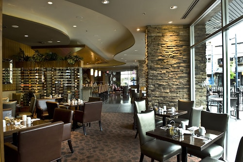 Best Western Plus Chateau Granville Hotel & Suites, Greater Vancouver