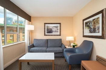 Family Suite, Multiple Beds, Non Smoking, Balcony (with Sofabed)