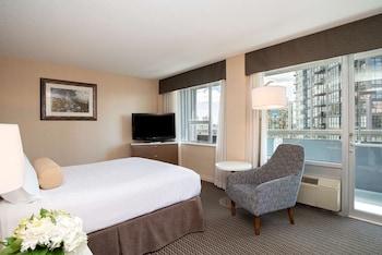 Superior Room, 1 Queen Bed, Non Smoking, Balcony