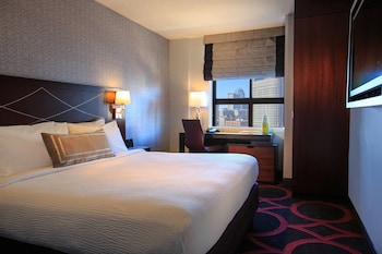 Deluxe City View Room, 1 King Bed, City View
